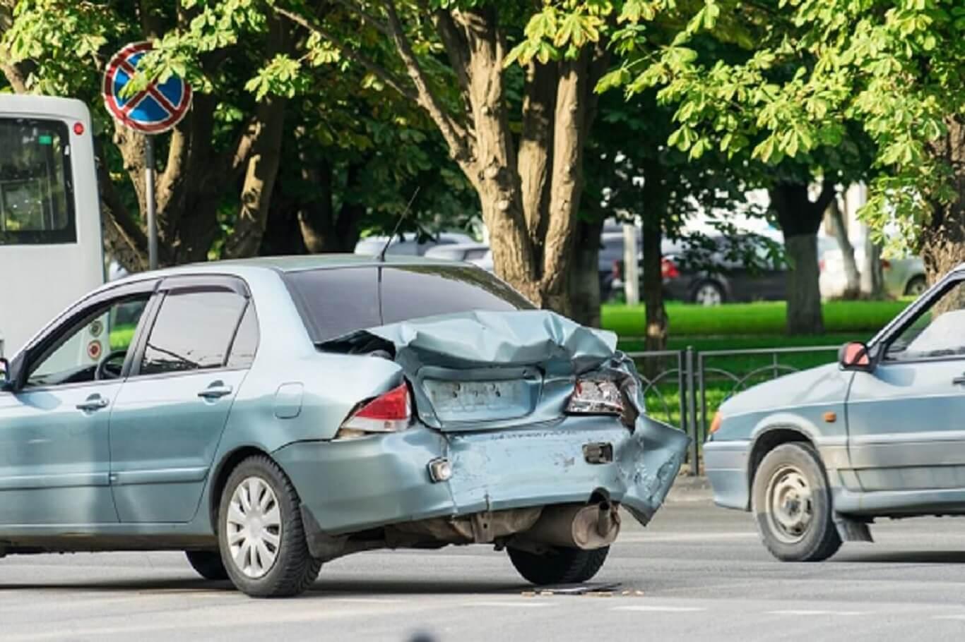 car accident scenarios who's fault