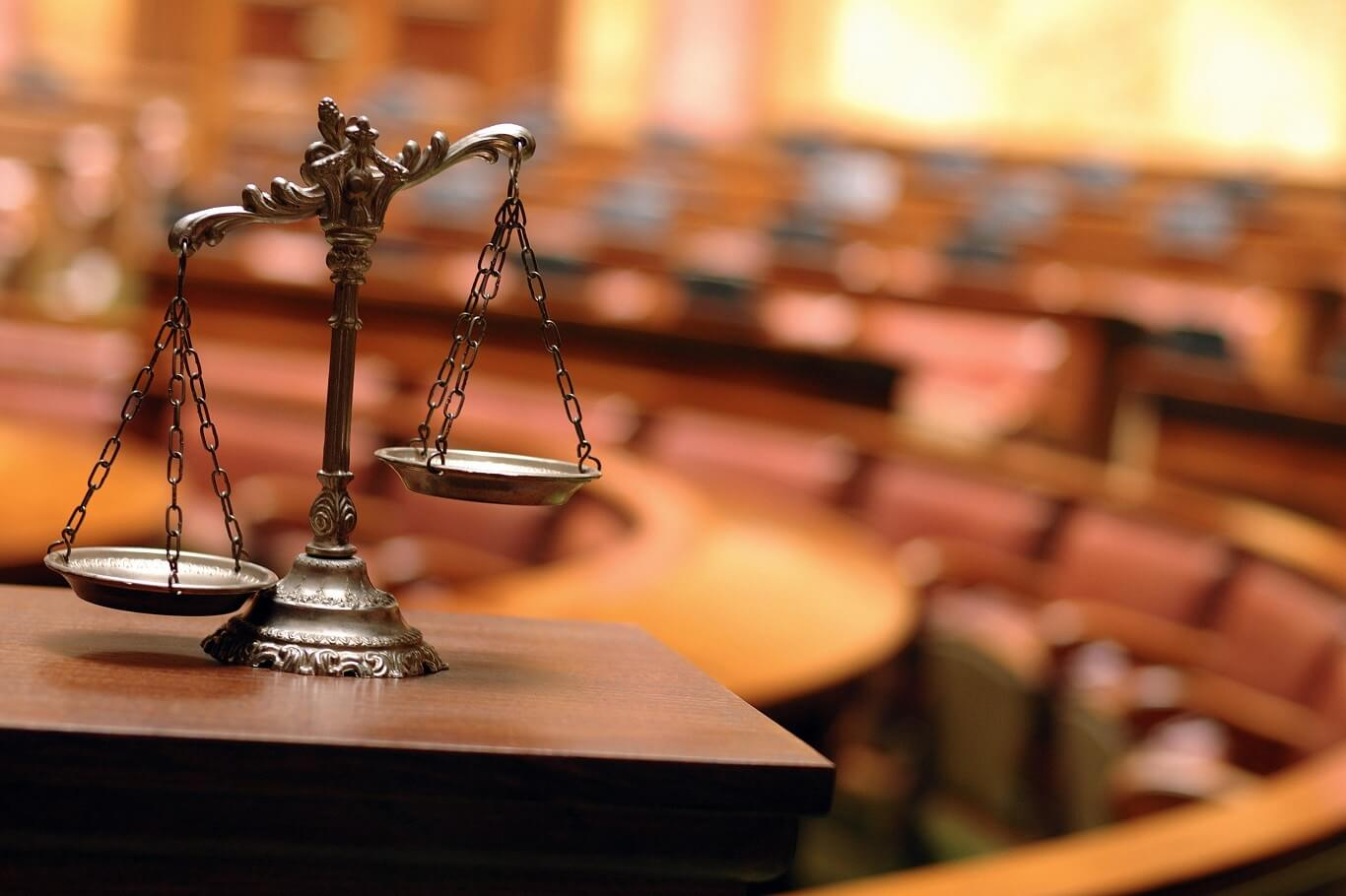Difference Between Defense And Prosecuting Attorney