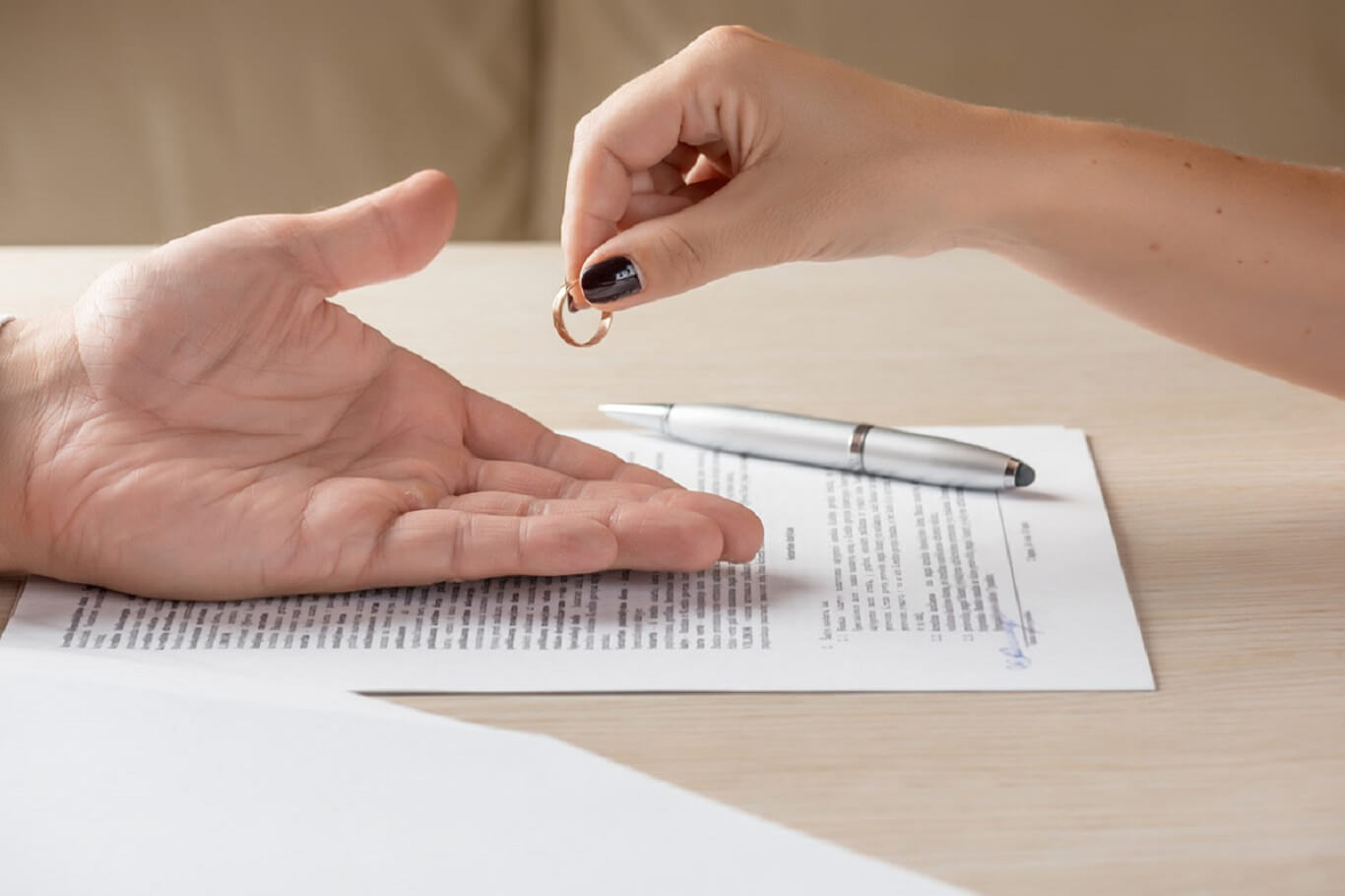 do divorce papers have to be served
