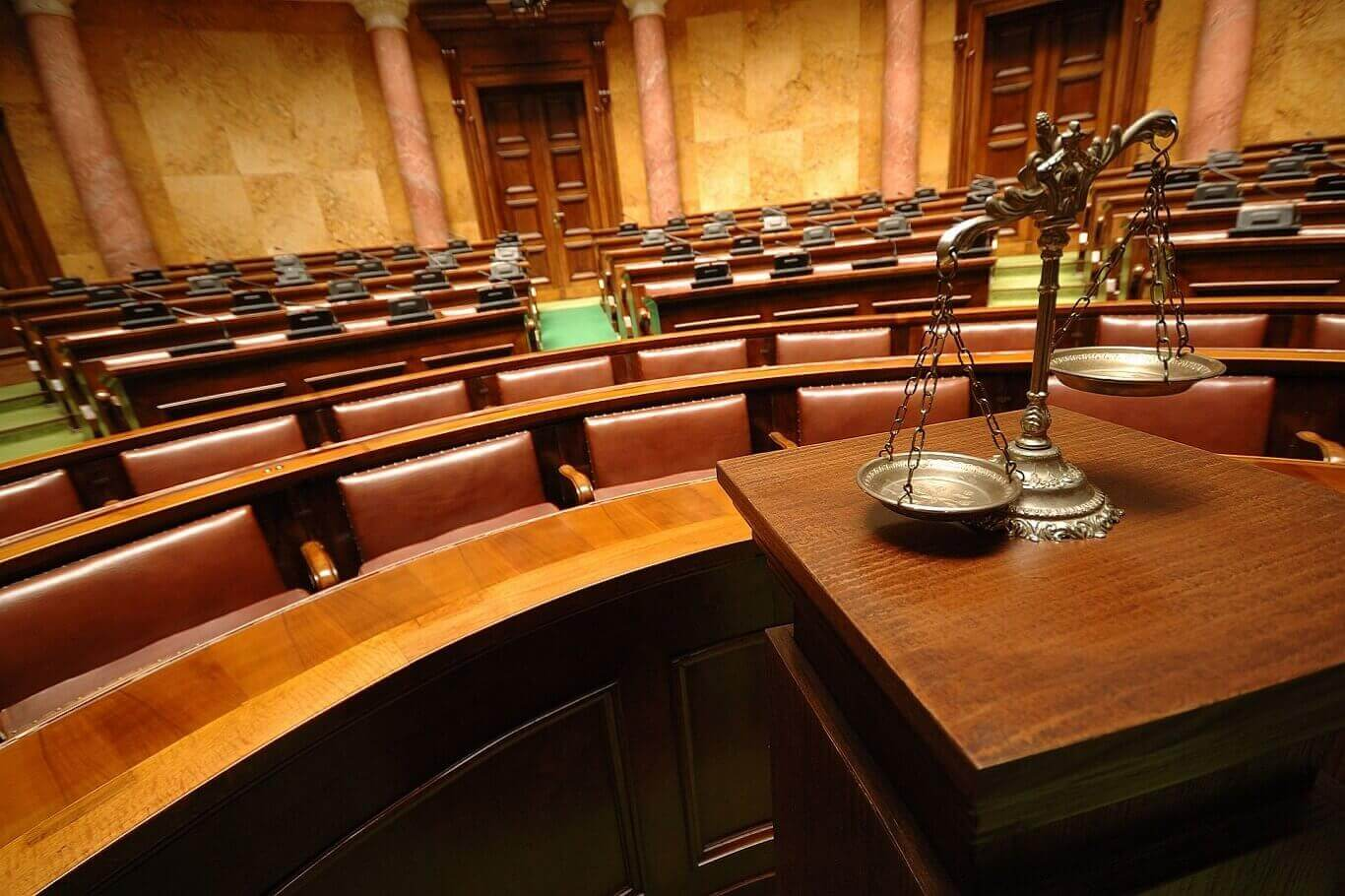 What happens at a criminal pretrial conference