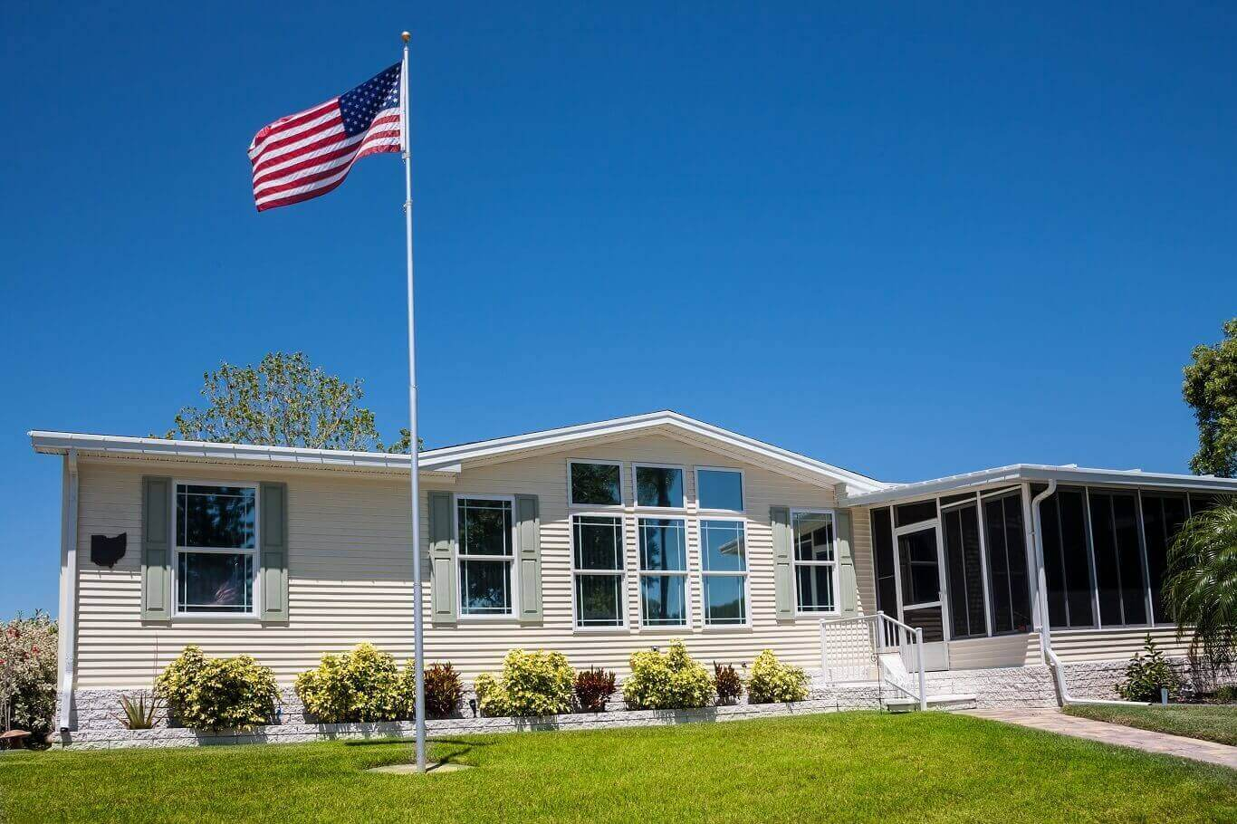 Pros and Cons of mobile home