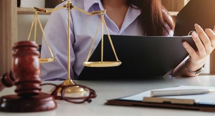 paralegal before law school will help you with your law school application