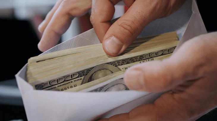 How to send cash via mail