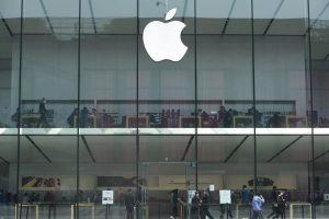 Apple loses against Optis as jury awards $300 million in the retrial of patent battle!