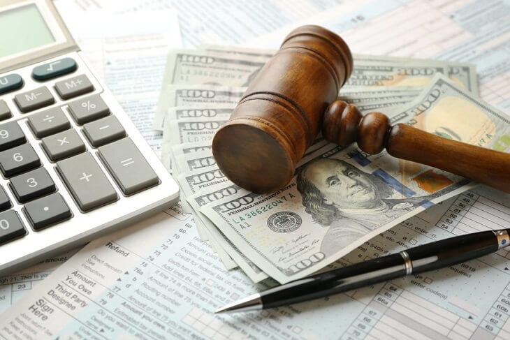 How much does it cost to file bankruptcy with a lawyer